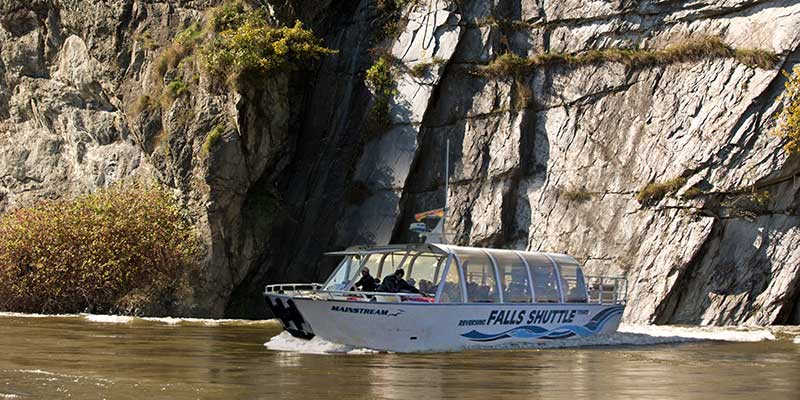 experience_featured-image_reversing-falls-shuttle